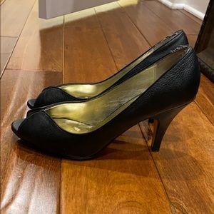 Steve Madden Black Leather Peep Toe Heels / 9.5